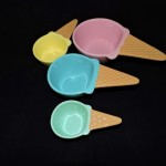 Ceramic Ice Cream Cone Measuring Cups